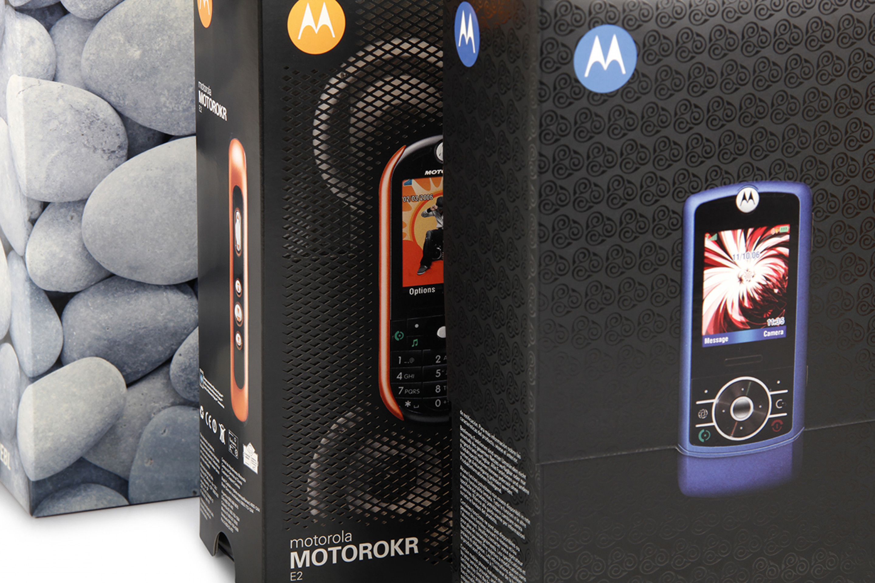 Motorola - Phone Packaging